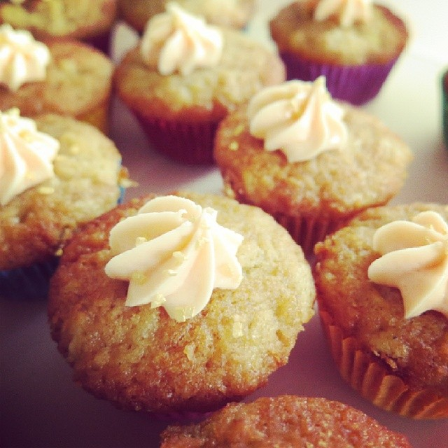 Hummingbird patty cakes with cream cheese icing for a very special blessing way today.