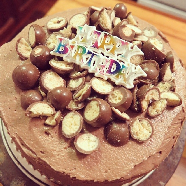 And one more cake.  This one for my not so little brother who turns 27 tomorrow :) @helkos